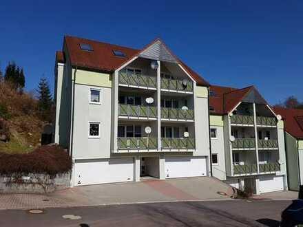 die IDEALE 3-Zi-WOHNUNG im Hochparterre m.SÜDbalkon+GARAGE -Nähe Suhl