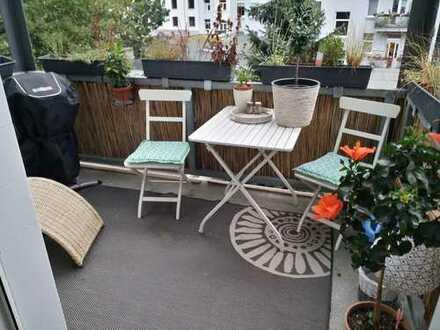 Schöne 4-Zimmer-Wohnung mit 2 Balkonen in der Südstadt