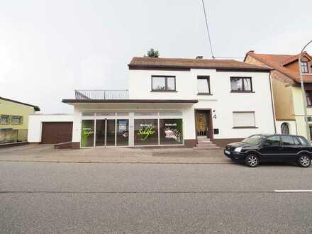 AUFFÄLLIG - Gut gelegenes Ladenlokal an stark frequentierter Straße in Neunkirchen/Münchwies