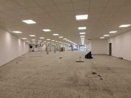 Großzügige Ladenfläche mit ca. 830 m² Verkaufsfläche im Ortskern von Voerde-Friedrichsfeld