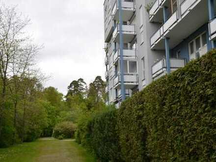 Stilvolle, gepflegte 3,5-Zimmer-Wohnung mit Balkon und Einbauküche in Sindelfingen