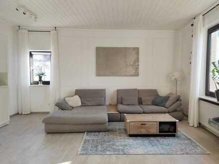 Provisionsfreie frisch renovierte Wohnung für die ganze Familie im schönen Mommenheim