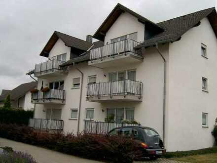 Schöne, helle und offen gestaltete moderne Dachgeschoßwohnung in Rheinböllen