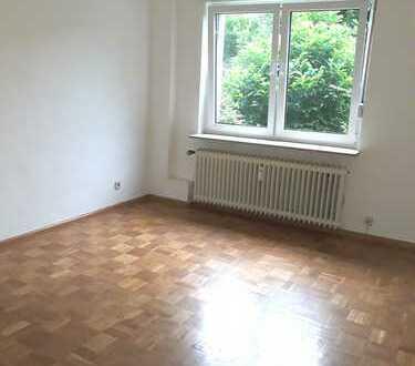 Essen-Frohnhausen, 2,5 Raum WHG mit Parkett