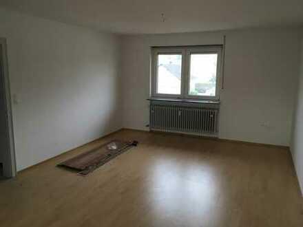 """KL - Rodenbach, 3 ZKB, Tageslichtbad, Einbauküche, Stellplatz, Balkon """"RENOVIERT"""""""
