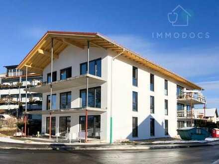 EXKLUSIVE 3-Zimmer-DG-Wohnung, Balkon inkl. Bergblick