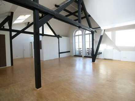 Absolutes Highlight...Loft-Wohnung mitten in der City!!!