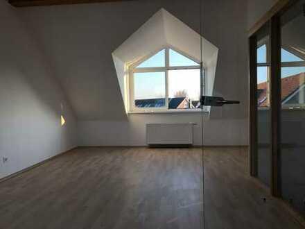Wohnen im Grünen für die kleine Familie mit großem Atelier oder Spielzimmer!