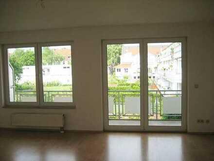 Schicke 2-Zimmer-Wohnung mit Balkon in Ehrenfeld!!