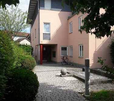 Sehr zentrale, ruhig gelegene 3-Zimmer Wohnung in Rosenheim, Rosenheim-Innenstadt