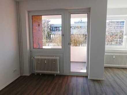 Einmaliges Angebot ! Top sanierte Wohnung im Erdgeschoss mit Balkon !