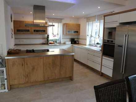 RESERVIERT!!! Wunderschönes 1 Familienhaus mit exklusiver Ausstattung!