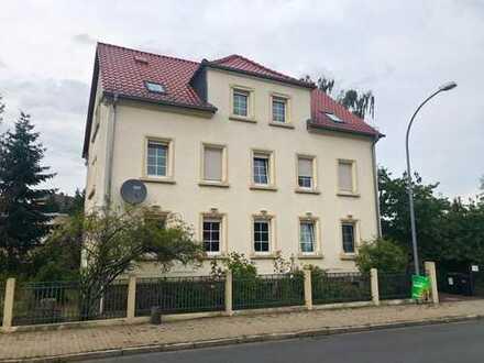 Sonnige, modernisierte 3-Zimmer-DG-Wohnung zur Miete in Nünchritz