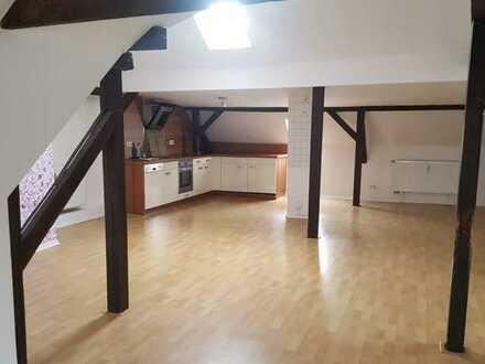 Hier ist das Besondere zu Hause-große offene Wohnung sucht Nachmieter inkl. EBK