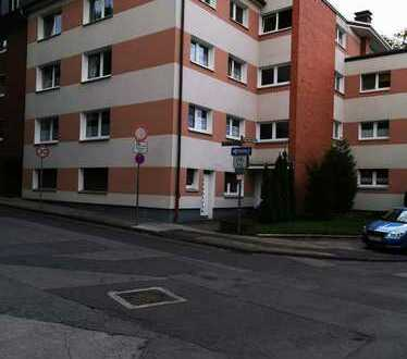 Renovierte 3-Zimmer-EG-Wohnung mit kleiner Terrasse in Bottrop