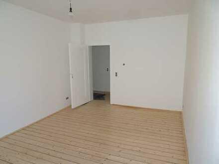 Gemütliche und komplett sanierte 3-Zimmerwohnung in Döhren