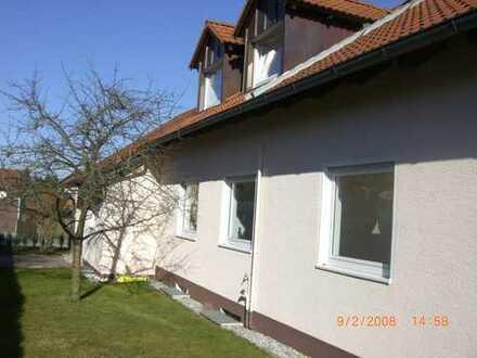 !!ÖFFENTLICHER BESICHTIGUNGSTERMIN 16.11.18 15:00 Uhr!! Schönes Haus mit sechs Zimmern in Egenhofen