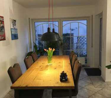Gepflegte 3-Zimmer-EG-Wohnung mit großer Terrasse in Griesheim