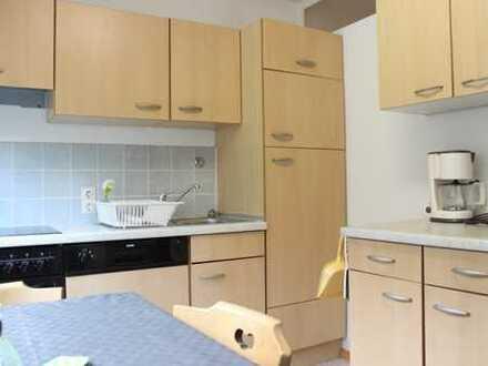 Gepflegte, möblierte 2-Zimmer-Erdgeschosswohnung mit Freisitz und Einbauküche in Wehr