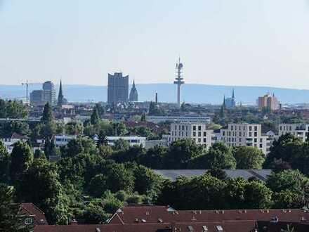 Helle 3 Zi. Wohnung mit wundervollem Blick über Hannover bis zum Deister