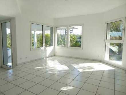 3-Zimmer-Wohnung mit Terrasse und Einbauküche