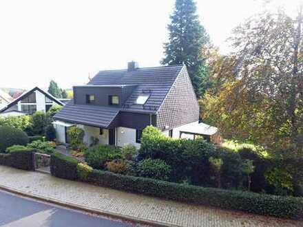 Schöner Wohnen in Bad Meinberg...gepflegtes Architektenhaus in bevorzugter Wohnlage.