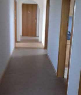 Freundliche und helle 3-Zimmer-Dachgeschoß-Wohnung in Gablingen