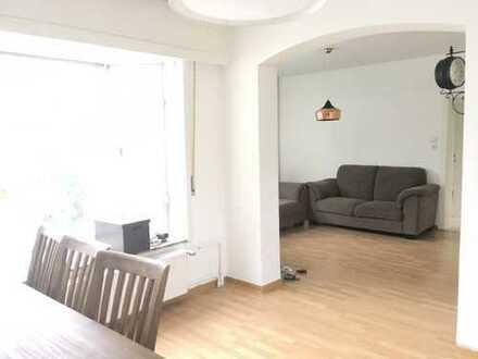 helle 3,5 Zimmer-EG-Whg. mit Gartenmitnutzung in ruhiger Wohnlage in Langen