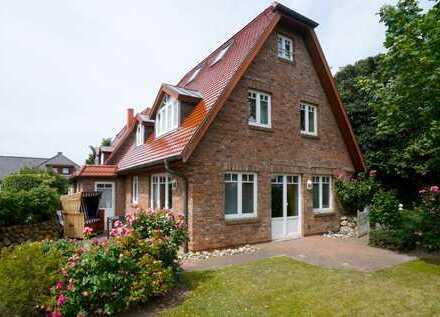 ****RESERVIERT*** Rarität im Süden von Westerland - Sonniges und komfortables Einzelhaus mit Garage