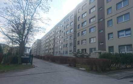 130qm, 7-Zimmer, 2 Bäder, 2 Balkone