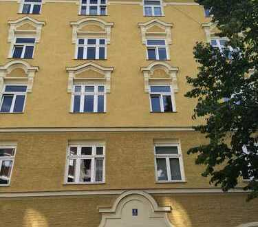 Schmuckstück in Haidhausen, 3 Zimmer Altbauwohnung