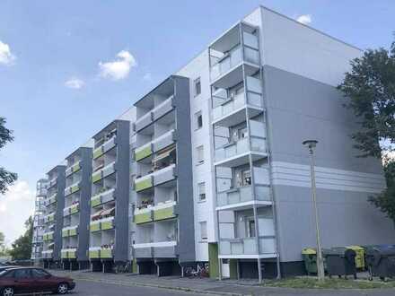 **2-Raum-Wohnung mit Balkon** - Rackwitz