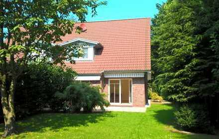 Ab sofort WG Mitbewohnerin gesucht in einem schönen Haus in Bremen Horn