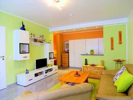 Charmante, modernisierte 3 Zimmer Wohnung mit Einbauküche in gemischter Wohnlage