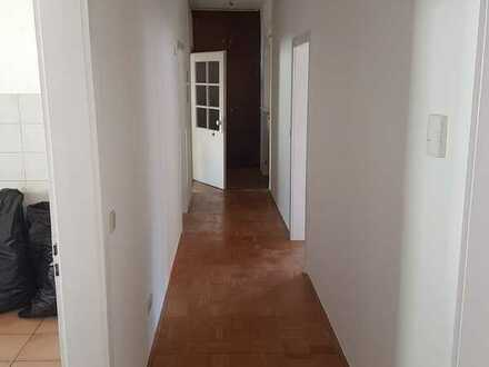 Schöne, geräumige drei Zimmer Wohnung in Zweibrücken, Zweibrücken (Stadt)