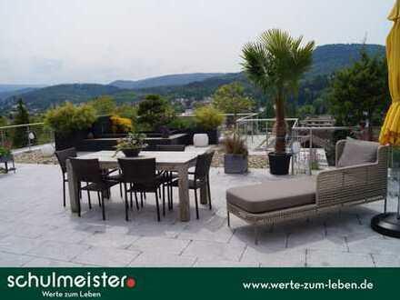 Sehnsuchtsort mit phänomenaler Dachidylle über Baden-Baden