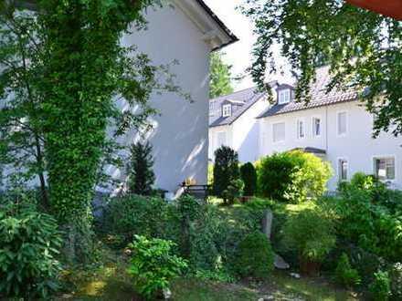 +++ Wohnen mit Flair! Stilvolle Wohnung in exklusiver und ruhiger Lage von Grünwald +++