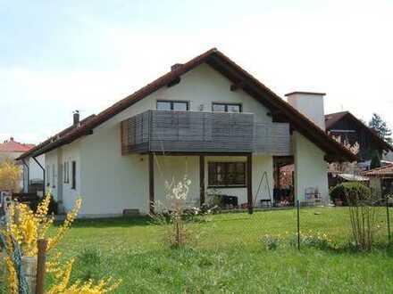 Ingolstadt-Etting: einladendes Zweifamilien-Wohnhaus in bevorzugter Lage!