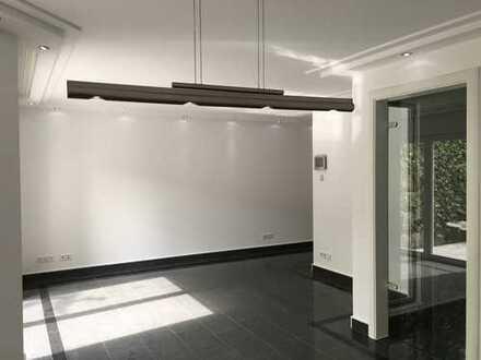 Exkl. 2 Zi.-Whg Küche, Bad im EFH mit sep. Eingang