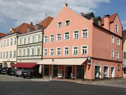 Wohn-und Geschäftshaus in TOP-Lage ( Provisionsfrei)