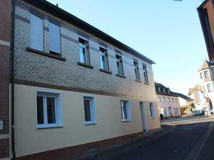 UPDATE! Starkes Renditeobjekt - 1 Haus - 2 schöne Wohnungen