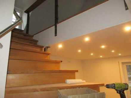 Erstbezug: geräumige 2-Zimmer-Dachgeschosswohnung mit gehobener Innenausstattung in Pottenstein