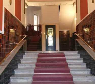 """Historisches """"Denkmal -Juwel"""" in Top Lage im Lehel - Provisionsfrei für den Mieter-"""