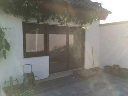 Erstbezug nach Sanierung: ansprechende 2,5-Zimmer-Terrassenwohnung in Kernen im Remstal