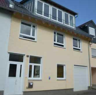 Haus mit ca.200qm Wohnfläche und ca.100qm Gewerbefläche in Kelkheim-Fischbach