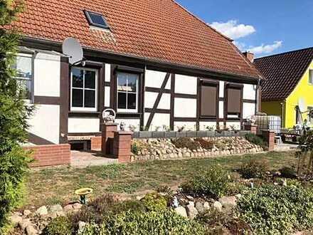 Traum vom Eigenheim, großer Garten:ehem. Gutshaus mit 150qm/1 Zi-Einliegerwohnung