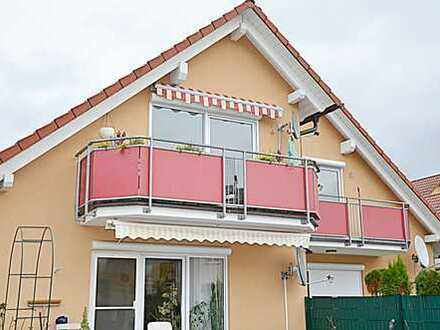 """*HTR Immobilien GmbH"""" tolle 3-Zi.-DG-Whg,beste Randlage, Balkon, nur 4 WE, Bj. 2005"""
