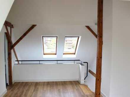 Frisch sanierte Maisonette Wohnung in zentraler Lage von Köln - Bayenthal !