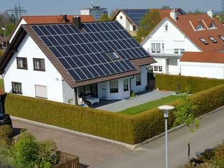 Top Immobilie: freistehendes Einfamilienhaus mit Doppelgarage in Lauingen