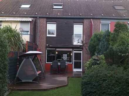 Schönes, geräumiges Haus mit vier Zimmern in Essen, Altenessen-Süd -PROVISIONSFREI-